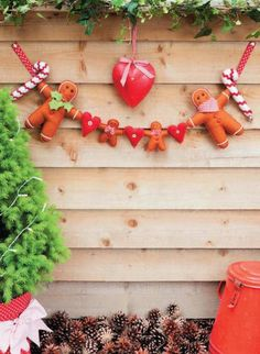 Family Gingerbread Garland Sewing Pattern Download