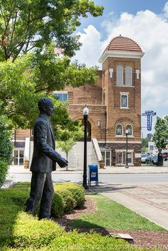 Things to Do in Birmingham, Alabama- Visit the Civil Rights Institute Civil Rights Museum, Great Vacations, Vacation Ideas, Stuff To Do, Things To Do, Asia City, African American Museum, Birmingham Alabama, Family Road Trips