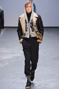 http://www.style.com/slideshows/fashion-shows/fall-2015-menswear/james-long/collection/5