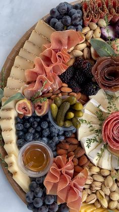 Antipasto Platter, Cheese Party, Cheese Appetizers, Game Day Food, Charcuterie Board, Party Snacks, Food Plating, Goat Cheese, Food Art