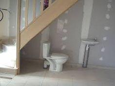 Résultats de recherche d'images pour « wc sous escalier »