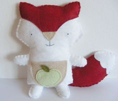 PDF pattern - Little fox with pocket. DIY tooth fairy plush, handmade felt softie, gift for kids
