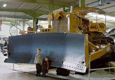 Caterpillar D9 Planierraupe by technikmuseum, via Flickr