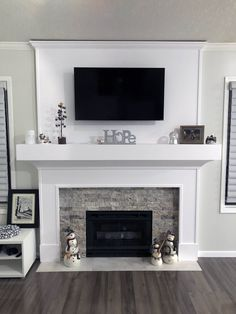 Have any of you got a Kitchen chimney breast ideas in your kitchen and how have . - Have any of you got a Kitchen chimney breast ideas in your kitchen and how have you worked your cab - Fireplace Redo, Fireplace Remodel, Living Room With Fireplace, Fireplace Design, Fireplace Ideas, Tv Over Fireplace, Mantle Ideas, Fireplace Mantels, Renovate Fireplace