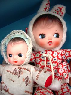 Vintage cloth body dolls with vinyl faces Costume Lapin, Doll Toys, Baby Dolls, Baby Doll Accessories, Rubber Doll, Vintage Nursery, Old Dolls, Doll Maker, Vintage Dolls