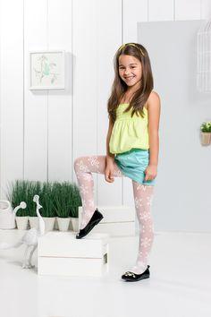 pin von anastasia m ller auf adorable girls in 2019. Black Bedroom Furniture Sets. Home Design Ideas