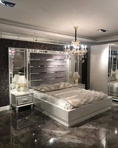 Bedroom Bed Design, Dream Bedroom, Home Decor Bedroom, Bedroom Ideas, Modern Luxury Bedroom, Luxurious Bedrooms, Luxury Kitchen Design, My New Room, Home Decor Furniture