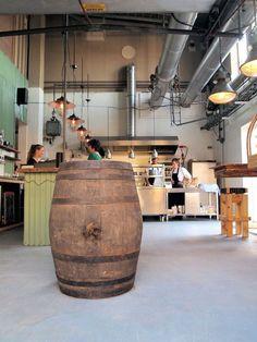 Stoom Beer&Food - Honigcomplex - Waalbandijk 14 te Nijmegen Aanrader; Kip van 't spit, french -citroen/thijm en een overheerlijke Hopfather