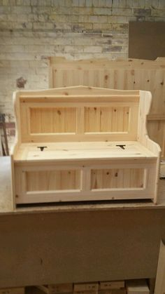 4ft Solid pine monks Bench Unfineshed ready for painting