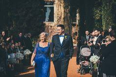 Pedro va vestir el seu dia amb Trajes Señor ............................................................  Pedro vistió su dia con Trajes Señor   📷 Jordi Tudela #bride #groom #wedding #weddings #bodas #novio #traje #boda #diciembre #suits #suitup #suit #bridestyle #groomstyle #happynewyear #newyear