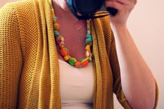 a bit of sunshine: make something monday :: teething necklace