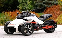 Can-Am Spyder F3: Un Spyder nouveau genre - Galerie de photos - Moto Journal