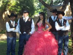 maybe without the hats Quinceanera Court, Quinceanera Planning, Quinceanera Themes, Quinceanera Invitations, Sweet 16 Pictures, Quince Pictures, Quince Themes, Quince Ideas, Country Sweet 16