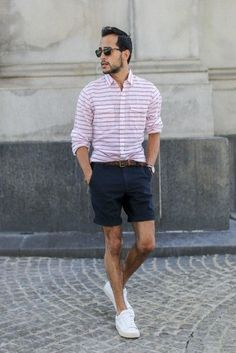Weekend style: Stripe button down + navy shorts + white sneakers Navy Shorts Outfit, Summer Shorts Outfits, Short Outfits, Simple Outfits, Casual Shorts, Men's Shorts, Summer Clothes, Casual Wear For Men, Raining Men
