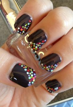 Lots of Dots Mani