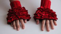 Fingerless Gloves Hand Knit elegant ruffled от HirasuAccessories