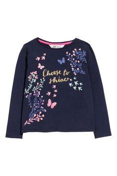 Jersey top with a print motif - Dark blue - Kids Kids Dress Wear, Kids Wear, Jersey Shirt, Sweat Shirt, Disney Outfits, Kids Outfits, T Shirt Painting, Girls Tees, Kids Prints