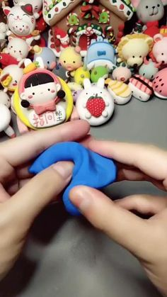 Clay Pot Crafts, Polymer Clay Projects, Polymer Clay Charms, Paper Clay, Clay Art, Football Cake Design, Kids Clay, Cake Topper Tutorial, How To Make Clay