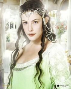Lord of the Rings arwen in the color scheam of Leis room