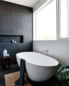 Med ergonomisk sittekomfort og slitesterk sanitærakryl er dette karet ikke bare en skjønnhet å se på men også et smart valg. Westerberg Sense finner du i nettbutikken vår #rørkjøp