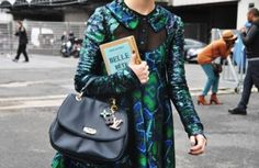 Olympia Le-Tan and Kate Spade have recently released book inspired clutches, which I absolutely love. Olympia Le-Tan makes the clutch. Olympia Le Tan, Library Girl, Book Clutch, Book Purse, Stockholm Street Style, Paris Street, Valentino Bags, Cheap Bags, Purses