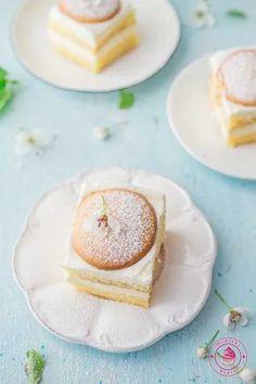przekładane ciasto z kremem cytrynowym