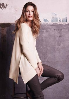 Doutzen Kroes Looks Cozy Chic in Repeat Cashmere - Fashion Gone Rogue