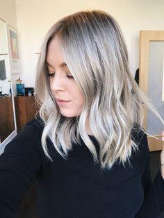 Ashy/icy Blonde hair ❄️ IG: @Cierra.Mais