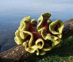 Hyperbolic geometry - crochet model