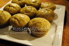 MUFFINS SALATI AL BASILICO  http://blog.giallozafferano.it/saporidicasamia/muffins-salati-al-basilico/