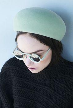 http://www.idesignerbaghub.com/designer-sunglasses-oakley-sunglasses-c-79_95.html