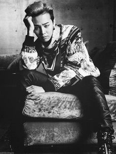 Kwon JiYong (G-Dragon)