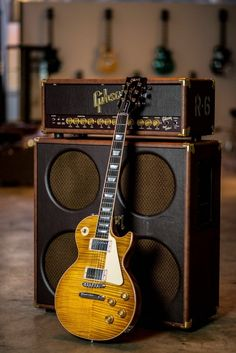 "A Great insight into the Gibson Les Paul Standard guitar from "" Guitar Center"". The iconic Les Paul. Guitar Tips, Guitar Art, Music Guitar, Cool Guitar, Acoustic Guitar, Gibson Les Paul, Gibson Sg, Gibson Electric Guitar, Custom Electric Guitars"