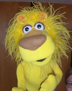 www.pjspuppets.com - custom professional puppet