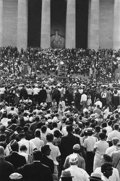 An astonishing turn out Martin Luther King received in 1963 Martin Luther King, History Facts, World History, Black Art, Memphis, Leonard Freed, Afro, By Any Means Necessary, African American History