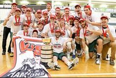 Golden Bears Volleyball team win their 2nd CIS banner in a row!
