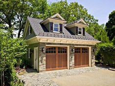 Did you remember to shut the garage door? Most smart garage door openers tell you if it's open or shut no matter where you are. A new garage door can boost your curb appeal and the value of your home. Garage House, Carriage House Garage, Carriage Doors, Garage With Loft, Double Garage, Dream Garage, Garage Shop, Garage Apartment Plans, Garage Apartments