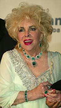 Dame Elizabeth Taylor, the Queen of large jewelry, RIP you sparkly girl!