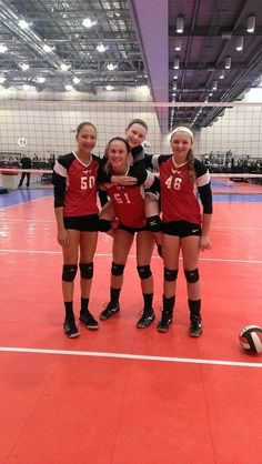 USA volleyball pin it to win it