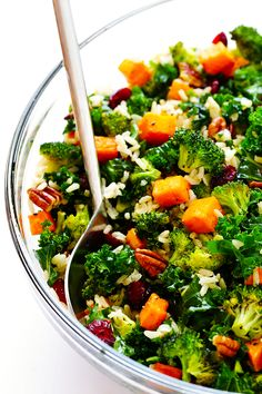 Autumn Kale Salad With Sweet Potatoes, Broccoli And Brown Rice - A Hearty, Easy Dinner Made With My Favorite Fall Flavors Sweet Potato And Broccoli Recipe, Salad With Sweet Potato, Broccoli Recipes, Sweet Potato Recipes, Baby Food Recipes, Salad Recipes, Sweet Kale Salad, Fresh Broccoli, Potato Salad