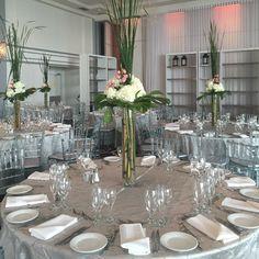#beatiful #wedding #centerpiece #love #art #bouquet #interior #design #montreal #contemporary #modern #different #high #designer #day #pink #white #silver #clean #fragrant