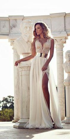 Latest Gorgeous long wedding dress fashion