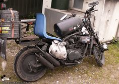 Image result for kawasaki rat bikes. Why would you WANT to do this to a bike AND ride it in public lol 😁