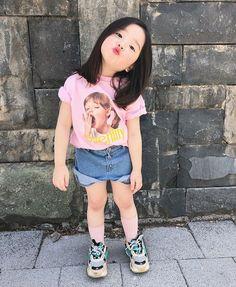 Donde la familia Jeon conformada por Jeon JungKook y Park JiMin viven… # Fanfic # amreading # books # wattpad Cute Asian Babies, Korean Babies, Asian Kids, Cute Babies, Cute Little Baby, Cute Baby Girl, Little Babies, Baby Pictures, Baby Photos