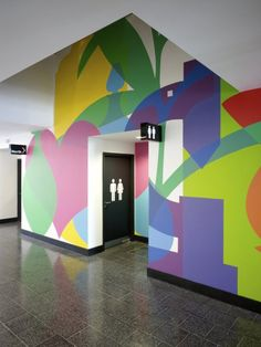 Wall graphics at Kentish Town Health Centre, UK by Architect AHMM (Allford Hall Monaghan Morris) Web Banner Design, Wall Design, Design Design, Book Design, Cover Design, Layout Design, Environmental Graphic Design, Environmental Graphics, Wayfinding Signage