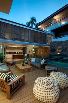 Relaxing And Modern K3 Residence By Bruce Stafford Architects