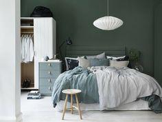 Dormitorio pintado en verde grisaceo 1