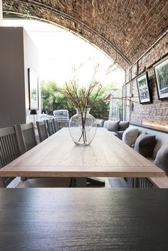 Harrogate 310cm table with Buckland bench seating #neptune #contemporaryliving www.neptune.com