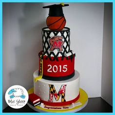 University Of Maryland Graduation Cake With Cap Testudo