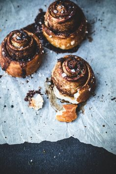 Recipe: Pretzel Cinnamon Rolls (These don't appear to be boiled like pretzels, so I don't know what makes them pretzel cinnamon rolls at all.)